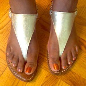OMG! Sam Edelman sandal flats in gold.
